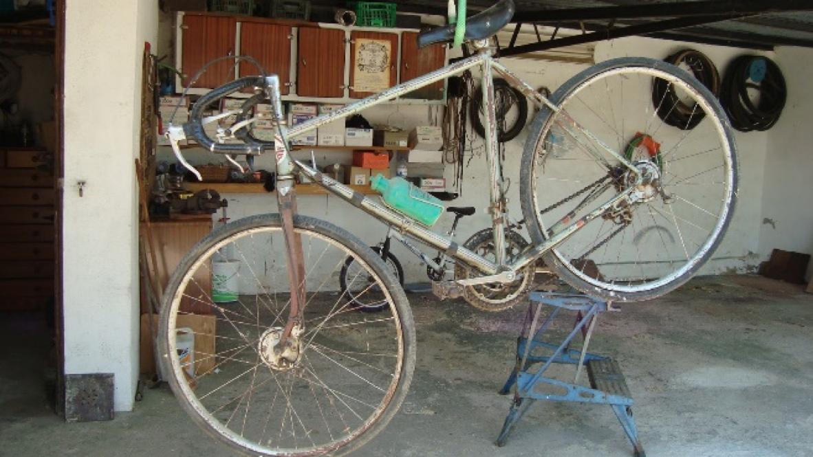 Dust off the Cobwebs from your Bike. Tri a Triathlon